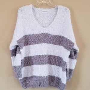 Dreamers/ super soft & cozy sweater striped